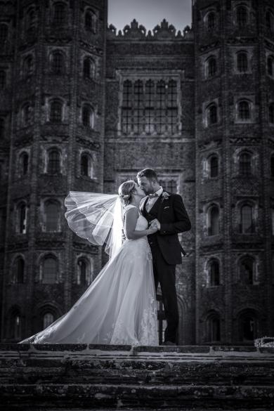 Layer Marney Tower wedding photos- Sarah and Lewis 21-07-2017-5107