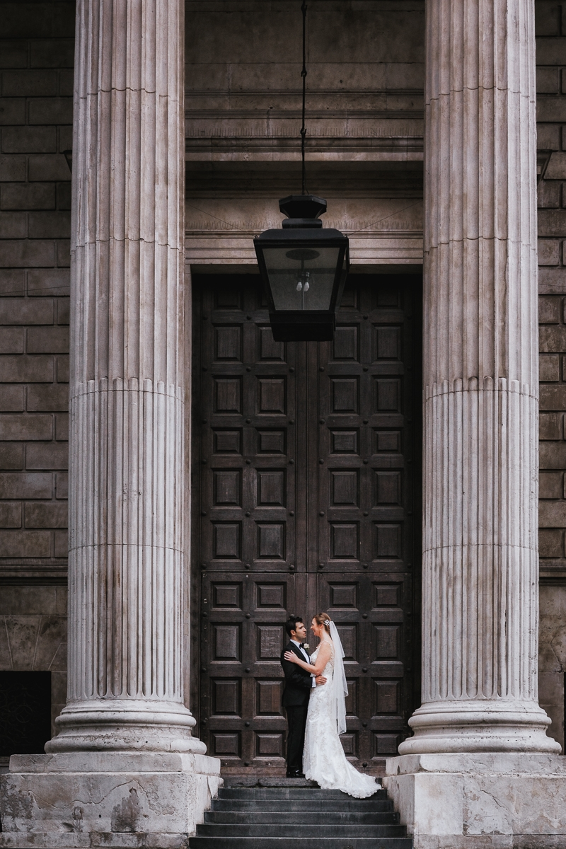 bride and groom st Pauls wedding photo