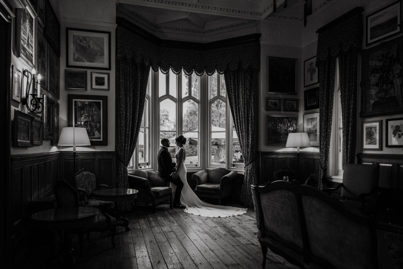 Timeless award winning wedding photography windsor